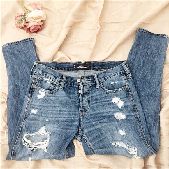 Hollister Denim - Hollister Straight leg ripped jeans. Size 5, w27